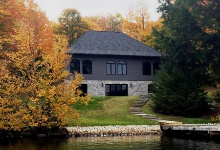 Wild Residence-View from the Lake
